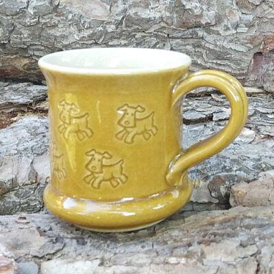 Sárga kutyás bögre 2 - kicsi, nyomott mintás