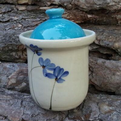 Kék virágos cukortartó