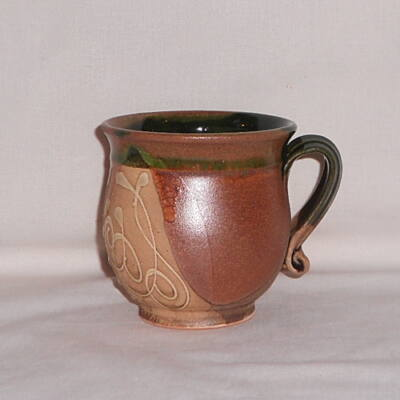 Barna cappuccinos csésze