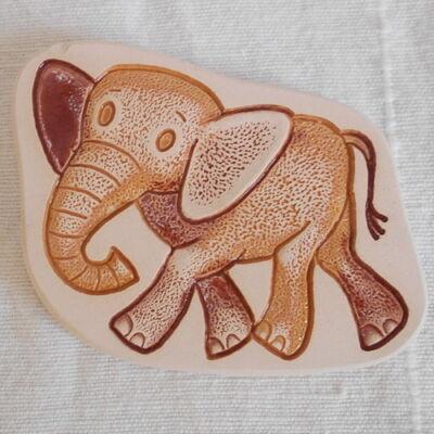Kerámia hűtőmágnes - elefántos 1.