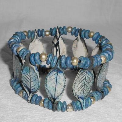 Kerámia karkötő.- kék leveles