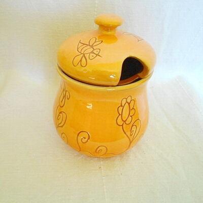 Sárga virágos mézes csupor