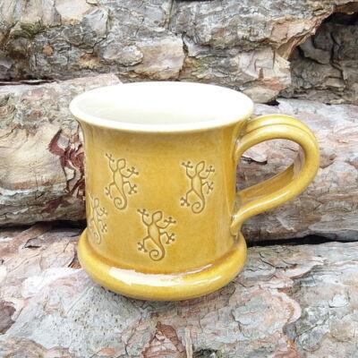 Sárga szalamadrás bögre - kicsi, nyomott mintás